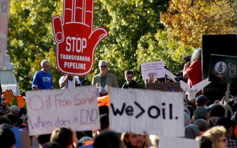 Pipeline Protest by Tarsandsaction