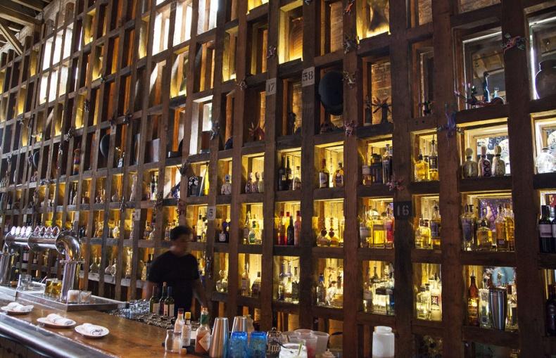 distillery district el catrin bar