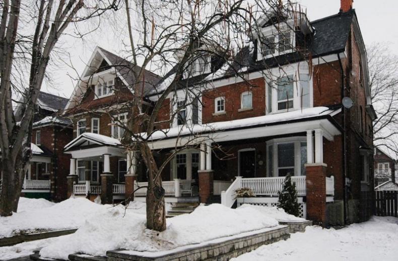 135 Medland Street