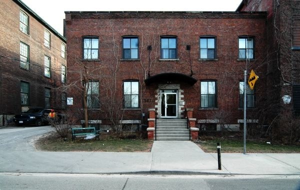 347 Sorauren Avenue - Central Toronto - Downtown