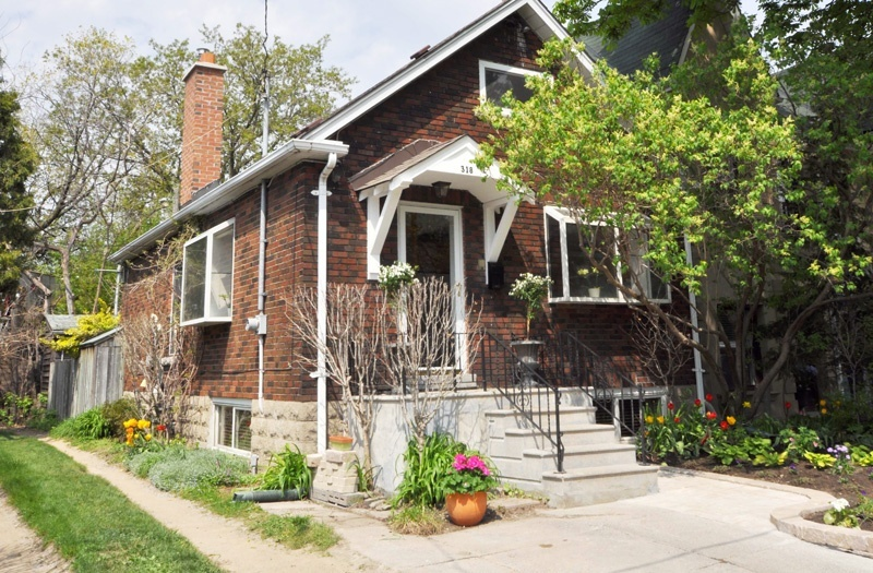 318 Indian Road Crescent - West Toronto - The Junction