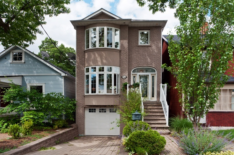 594 Willard Avenue - West Toronto - Bloor West Village