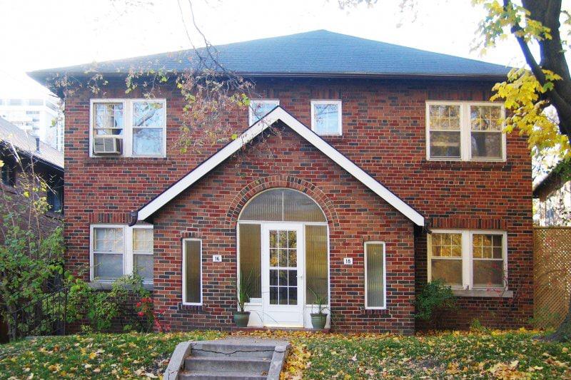 Davisville Village Real Estate