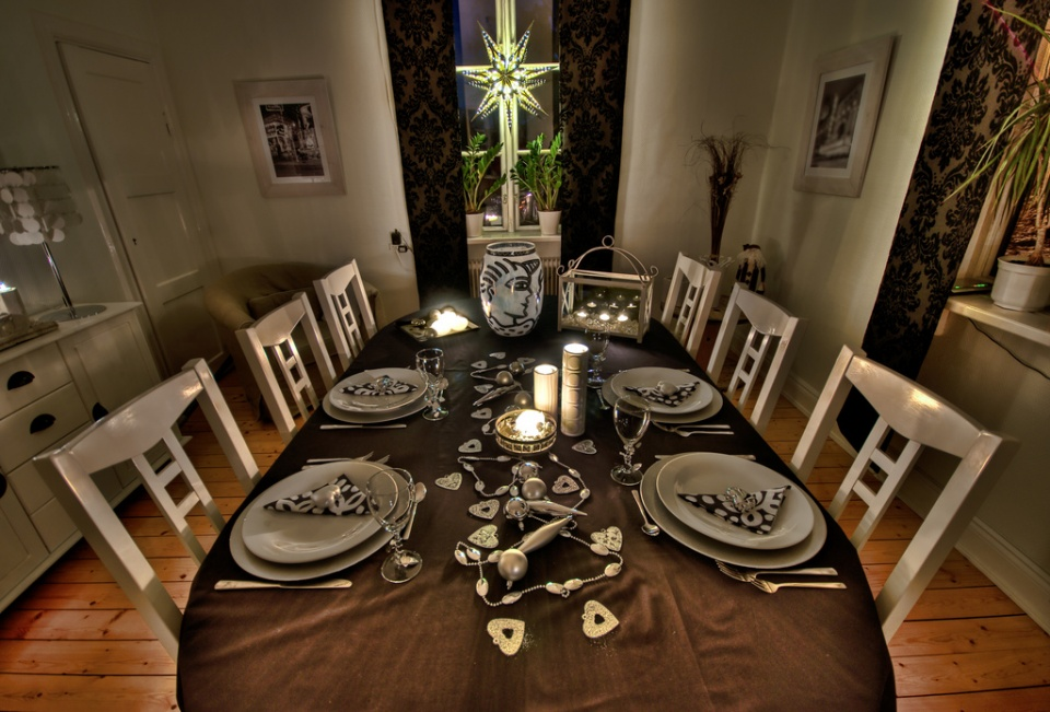 Hosting A House Warming Dinner Party
