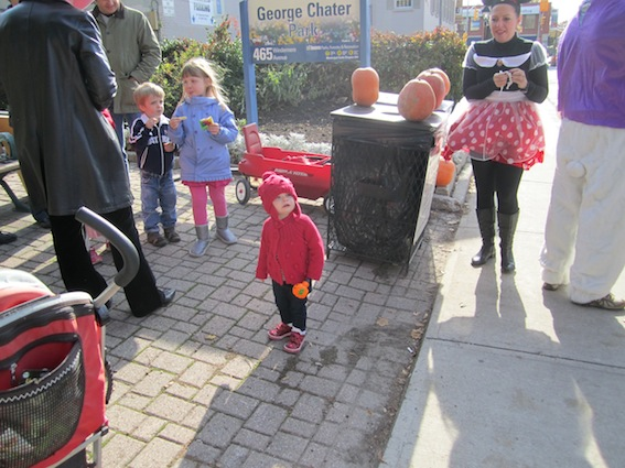 JKT Pumpkin Patch Bloor West Village 2011 48
