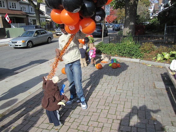 JKT Pumpkin Patch Bloor West Village 2011 64