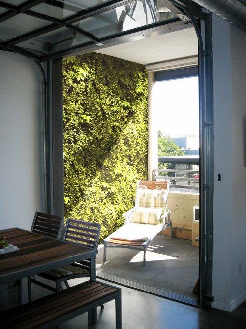 ELT Living Walls