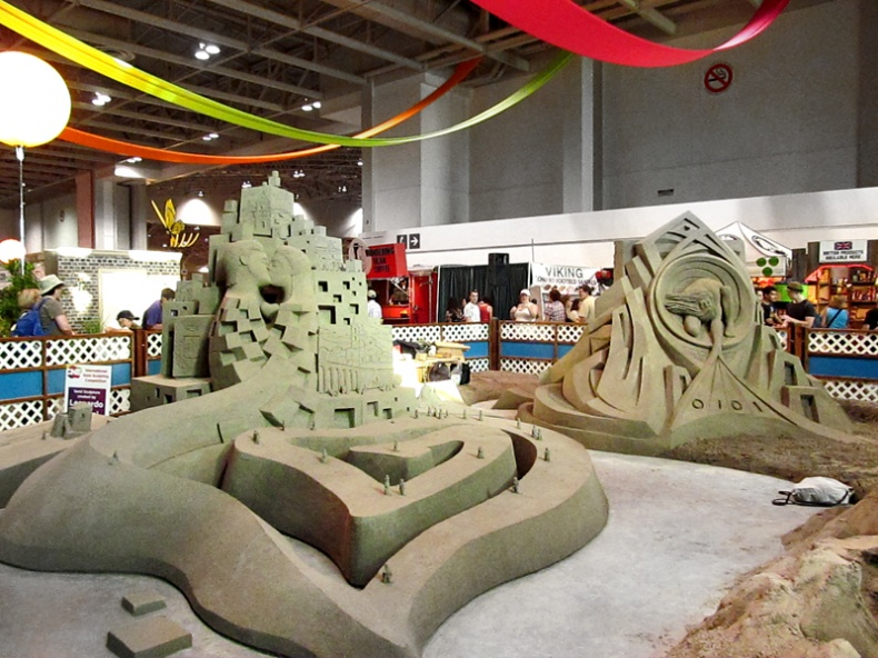 International sand sculpting competition