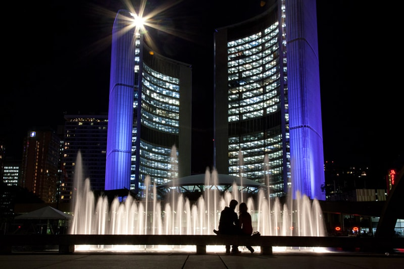 Toronto City Hall by Julian Mendl
