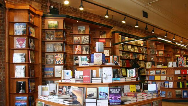 Nicholas Hoare Bookstore Inside