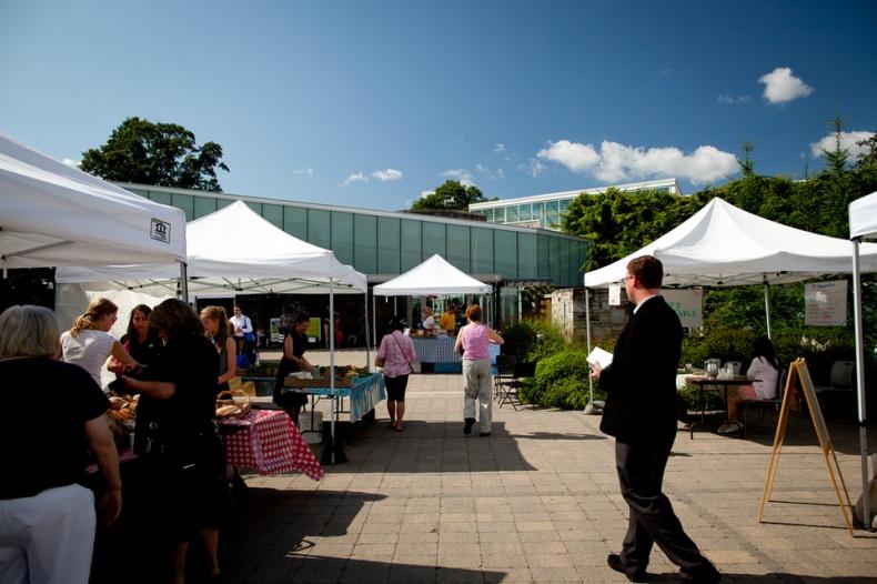 Toronto Botanical Garden Farmers Market