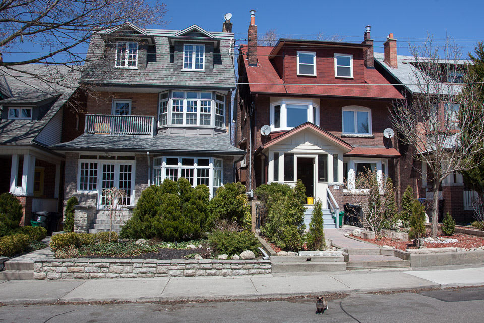 Roncesvalles Home