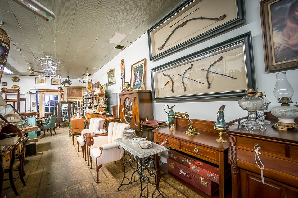 Vintage Furniture Stores In Toronto 1698 Queen Antiques