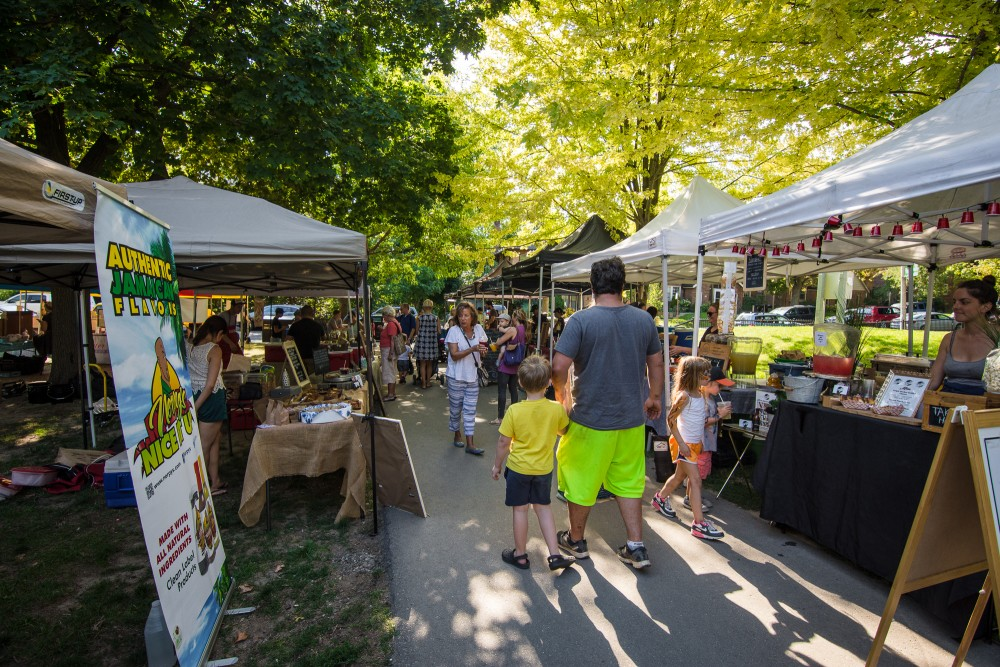 Davisville-market5