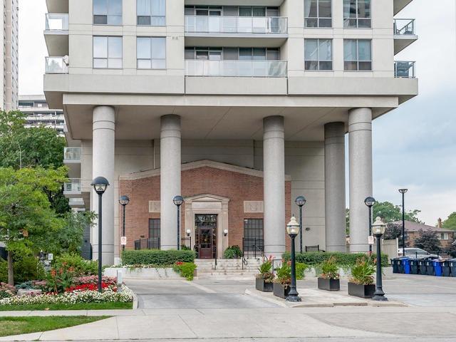 70 High Park Ave 1709