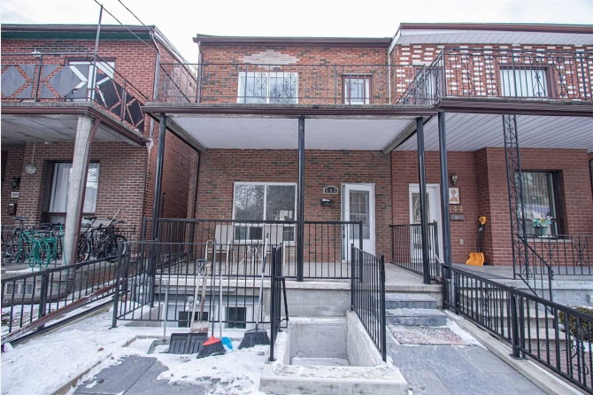 542 Manning Ave - Toronto C01 - Palmerston-Little Italy