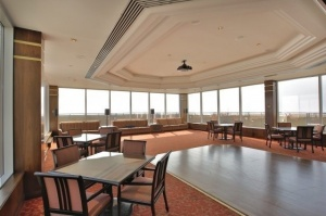 1 palace pier court common room 2