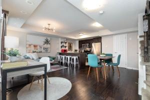 1 ruttan living room (4)
