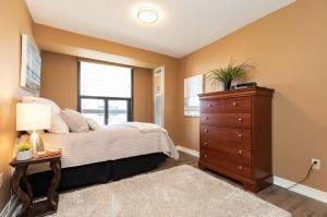 100 quebec avenue #1101 17 bedroom