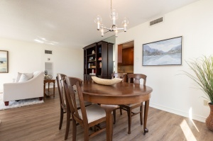 100 quebec avenue #1101 8 dining room