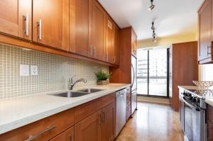 100 quebec avenue #1101 9 kitchen