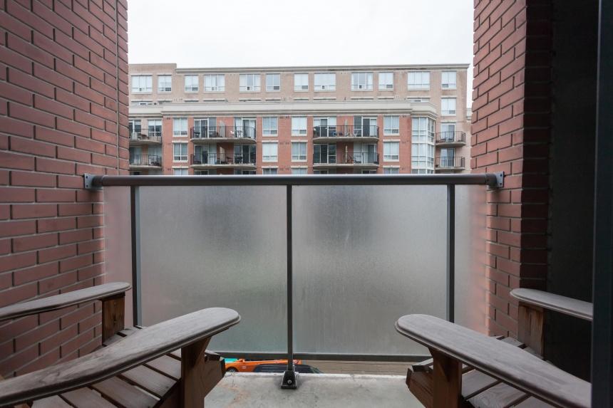 17-balcony