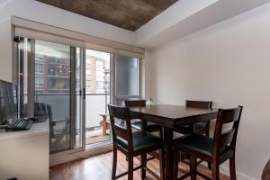05-dining-room