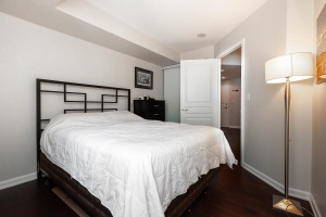 140 simcoe street bedroom 2