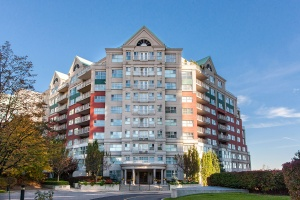 18 Concorde Place #716 - Toronto - Don Mills