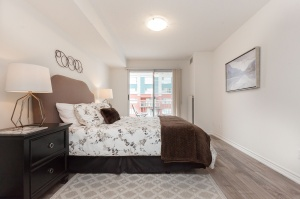 18 concorde place master bedroom 3
