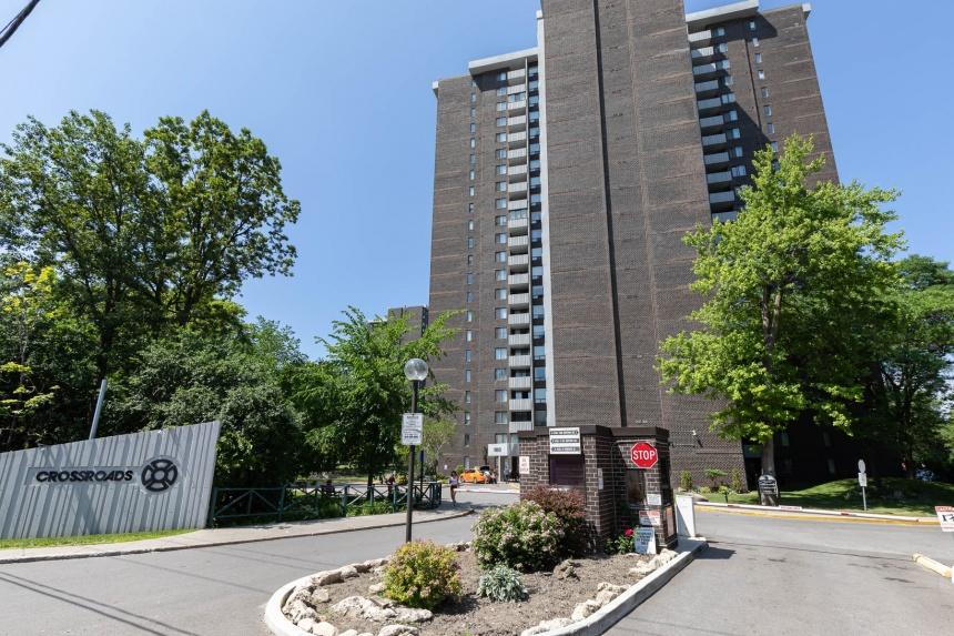 1900 sheppard avenue east exterior 02