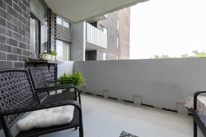 1900 sheppard avenue east balcony 01