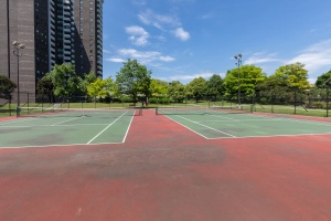 1900 sheppard avenue east tennis court