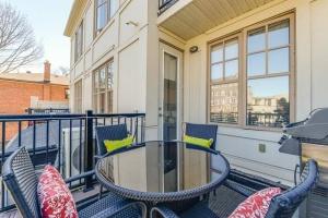 20 marina avenue #202 balcony