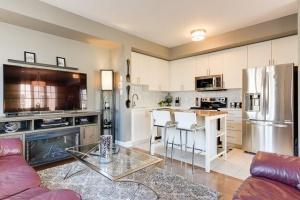 20 marina avenue #202 living room kitchen