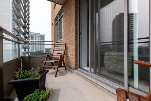 245 davisville lp04 balcony