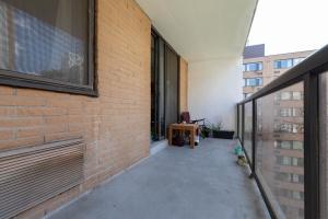 250 jarvis street #905 balcony 2