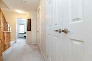 30 mendelssohn street unit #16 23 hallway