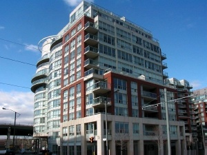 550 Queens Quay Suite 303 - Central Toronto - Harbourfront