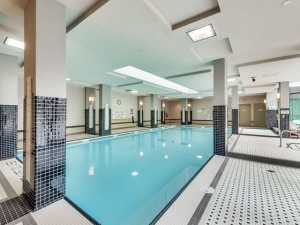319 merton building amenities pool