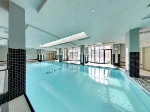 319 merton pool 1