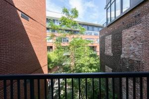 363 sorauren avenue balcony 04