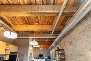 363 sorauren avenue ceiling 03