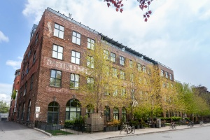 369 sorauren avenue #114 building 04