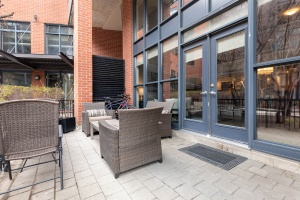 369 sorauren avenue #114 patio 01
