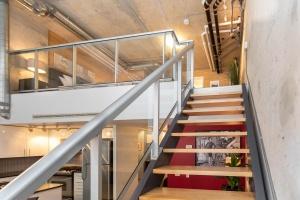 369 sorauren avenue #114 stairs 01
