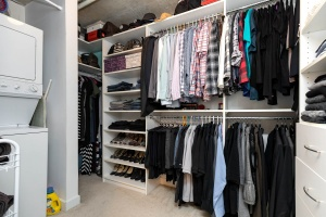 369 sorauren avenue #114 walk in closet