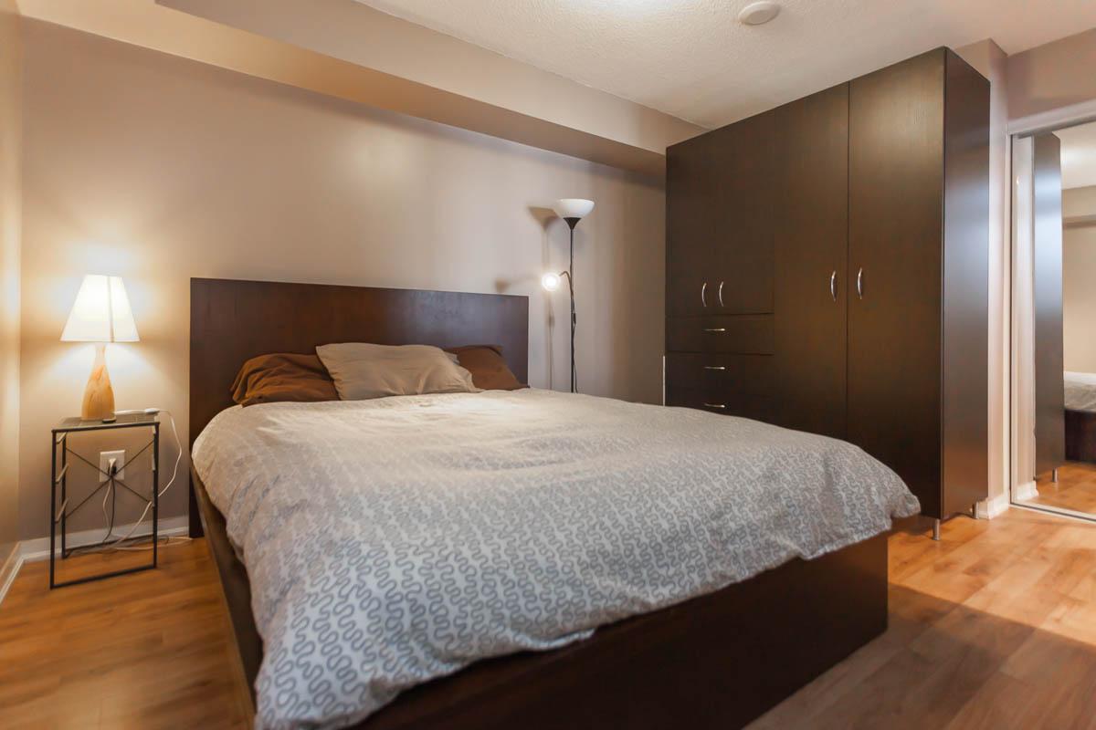 38 Joe Shuster Way 2 Bedroom 28 Images 1401 38 Joe Shuster Way C4113569 Toronto Condos