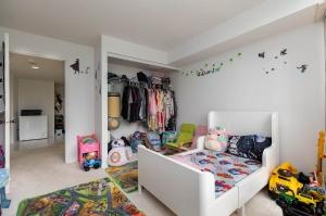 50 eglinton avenue west bedroom 1