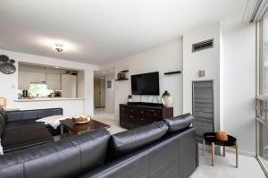 50 eglinton avenue west living room 2